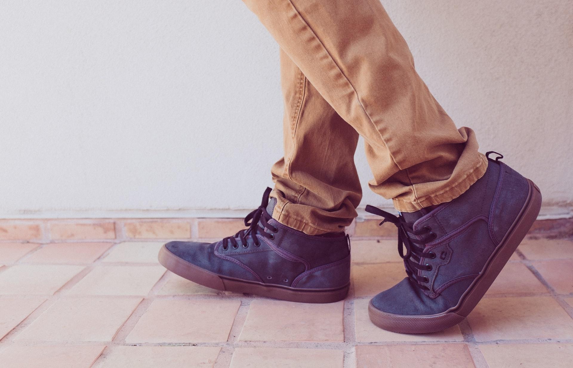 Czym kierować się przy wyborze butów męskich na zimę?
