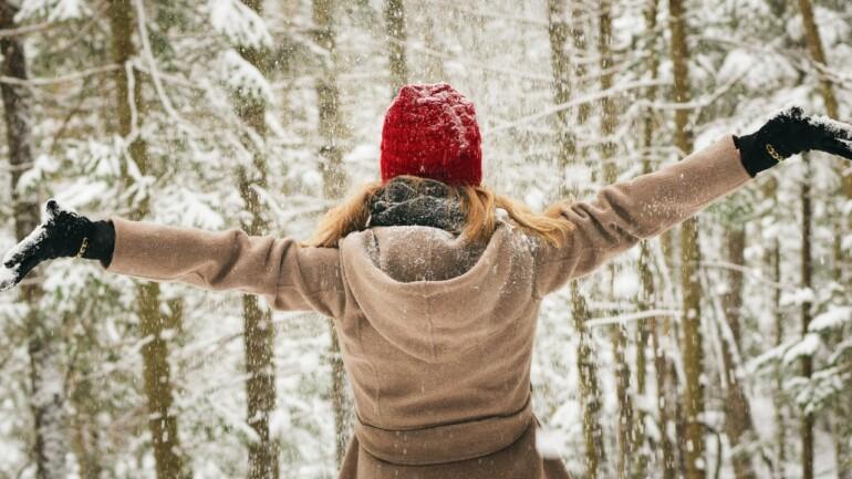 Poznaj nasze propozycje stylowych płaszczy zimowych – postaw na ponadczasowość