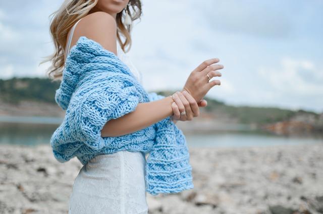 Outlet damski – kupuj markowe ubrania taniej!